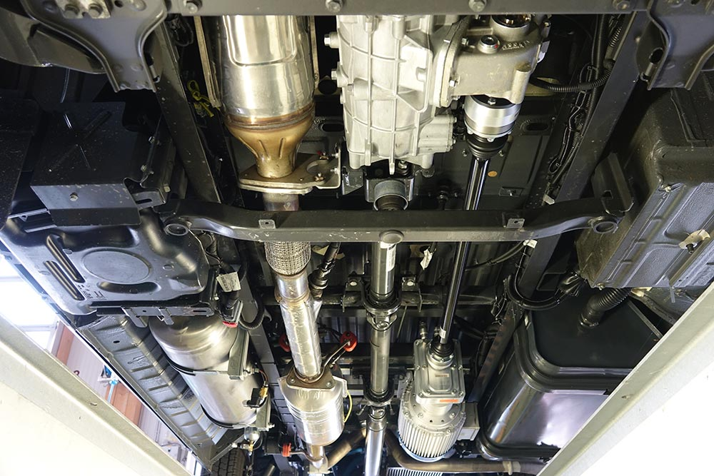 ALF08000-Unterflurgenerator-im-Fahrzeug